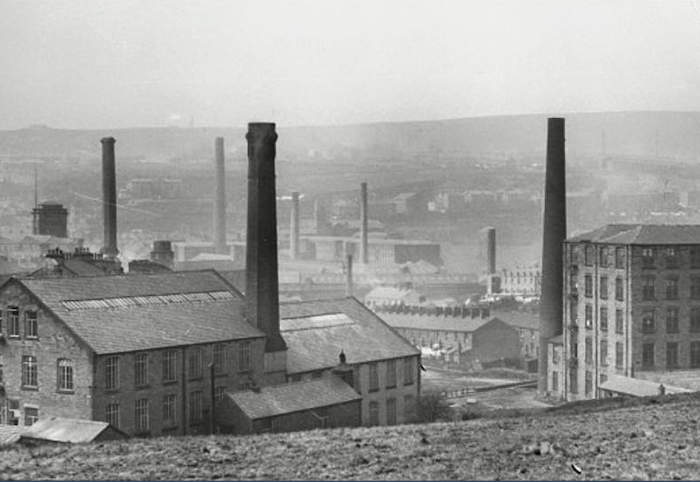 Black and white image of vale mill in early 1900s